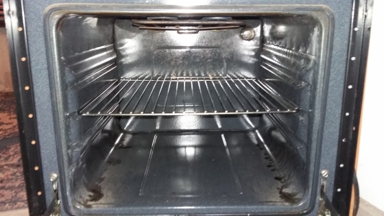 Bauer oven and hob with cupboard
