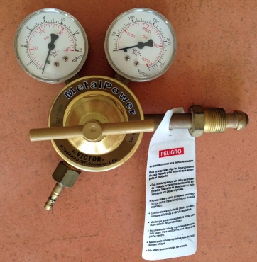 Metalpower Oxygen Regulator MP-80-125 hardly used.