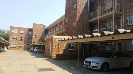 Flat in Pretoria North