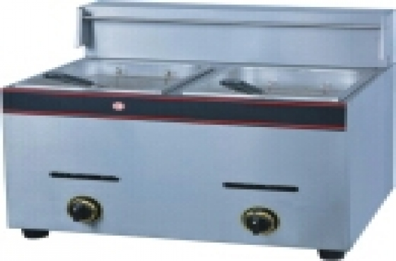 BRAND NEW DOUBLE GAS FRYERS  ( 2X12.5L)