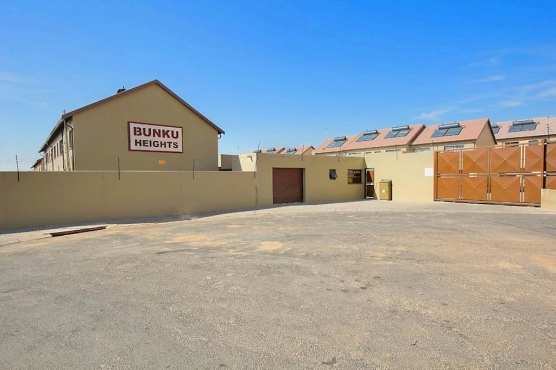 Safe & secured apartment for rent in kempton park midriver estate