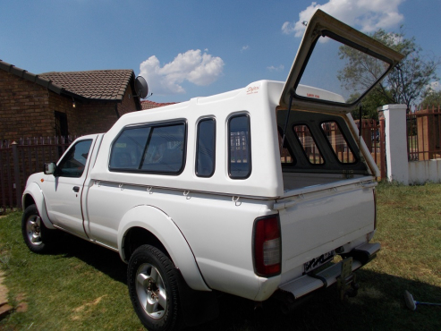 BAKKIE(WITH or WITHOUT CANOPY) u0026 TRAILER FOR HIRE WITH DRIVER IN PRETORIA. WE BEAT ANY QUOTATION. & BAKKIE(WITH or WITHOUT CANOPY) u0026 TRAILER FOR HIRE WITH DRIVER IN ...
