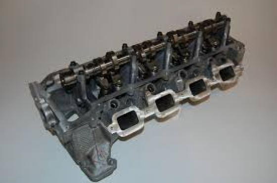 JEEP 4.7 V8 Reconditioned Cylinder Heads for sale  R6500 each  contact 0764278509  whatsapp 07642785