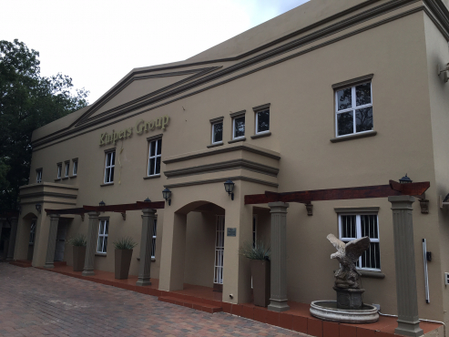 BEAUTIFULL OFFICE BLOCK FOR SALE ON LYTTELTON AVE, CLUBVIEW, CENTURION, WITH MAIN ROAD VISIBILITY