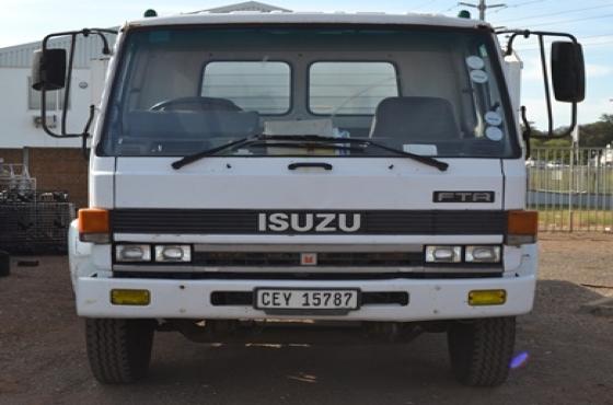 1994 ISUZU F8000 DIESEL 8-TON FLAT DECK TRUCK on auction this saturday 25th March at 10h00