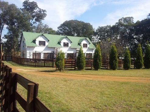 Pretoria East Garden Flat on plot 15km from Hans Strydom (Solomon Mahlangu)