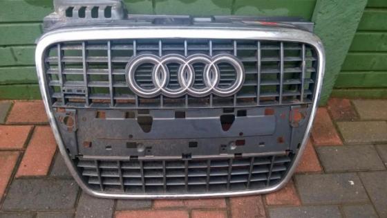 Audi 2007 grill S3