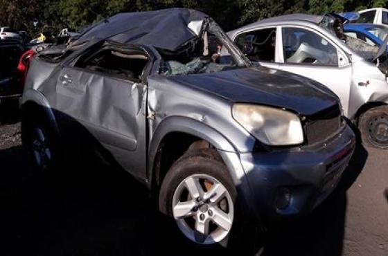 Toyota Rav4 Sanele  Stripping for spares