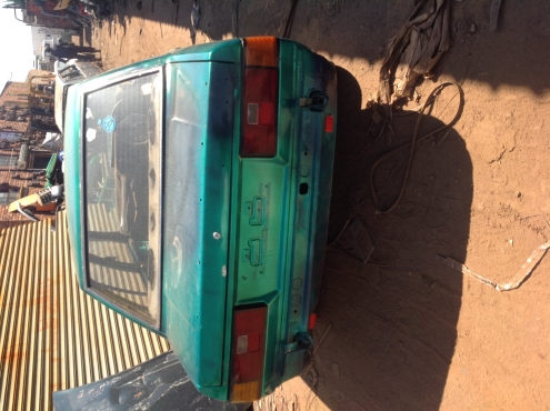 Stripping Toyota Corolla (Box) 3T 1984 for Spares