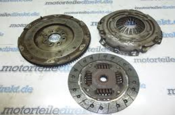 Chrysler Neon Control 1.6 clutch kit  for sale  Contact 0764278509  whatsapp  0764278509