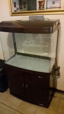 FISH TANK AND CUPBOARD -SUNSUN