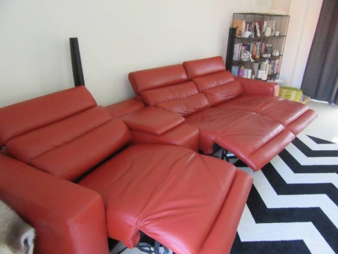 Leather, Electronic Recliner Couch, Fantastic condition