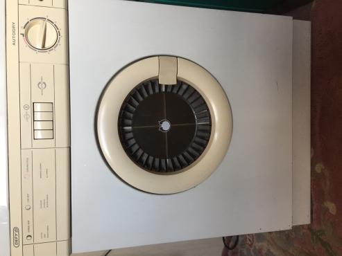 White DEFY Tumble Dryer