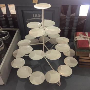 Large 26 piece cupcake holder