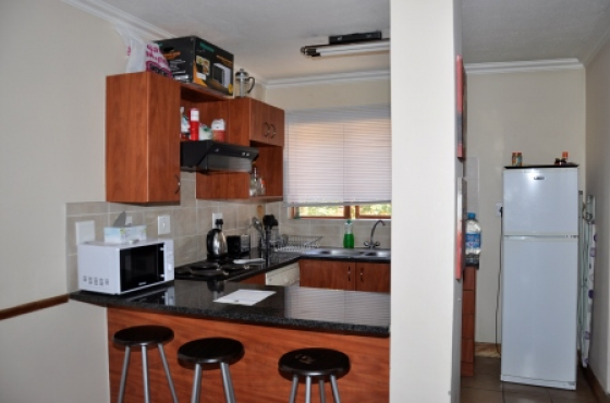To Let Fully Furnished Two Bedroom Loft Apartment in Hilltop Lofts, Midrand.
