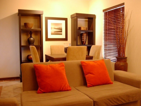 To Let: Fully Furnished Self-Catering 2 Bedroom Townhouse in Venice Complex, Die Hoewes, Centurion,