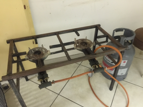 2 Plate Gas Stove with 9kg Cylinder