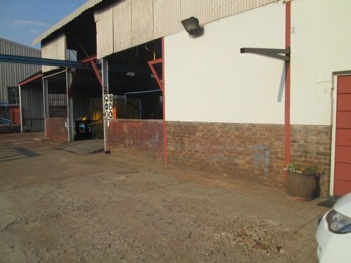 INDUSTRIAL BUILDING/S FOR SALE/TO LET ROSSLYN