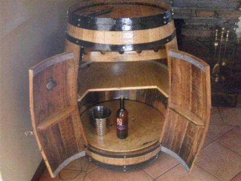 Oak Barrel Bar
