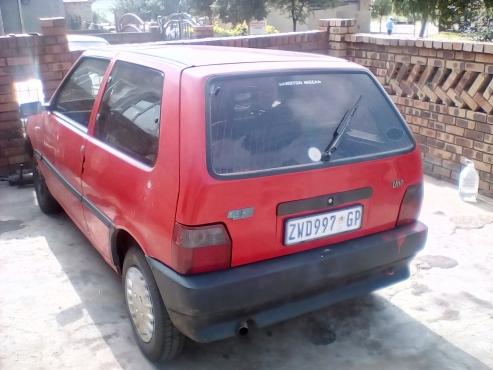 Fiat uno 1.1bargain sale