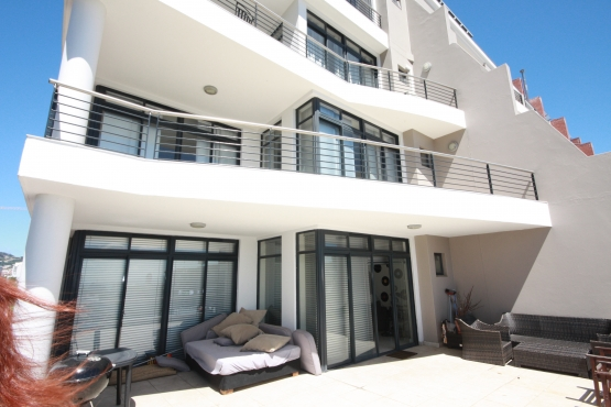 City Apartment in popular Dockside, De Waterkant, Cape Town