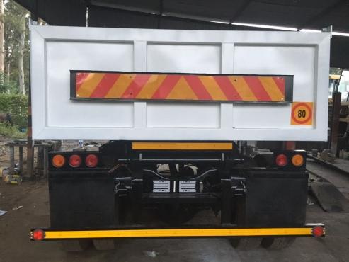 NISSAN 6m3 Tipper Truck