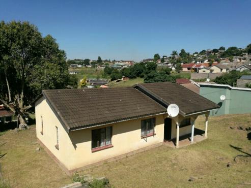 3 bedroom house for sale at Kwa-Ndengezi Pitoli