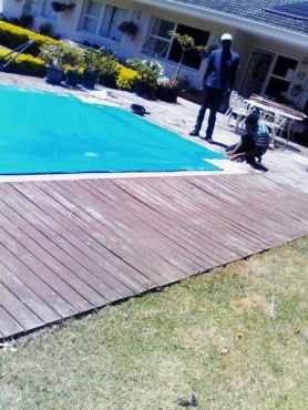 Get your pool cover to cover your pool this summer season