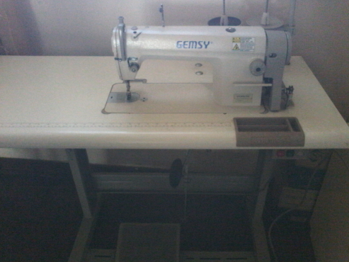 Industrial Sewing Machine In All Ads In Gauteng Junk Mail Impressive Industrial Sewing Machine For Sale Gauteng