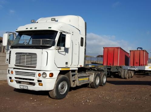 2000 Freightliner Argossy ISX500