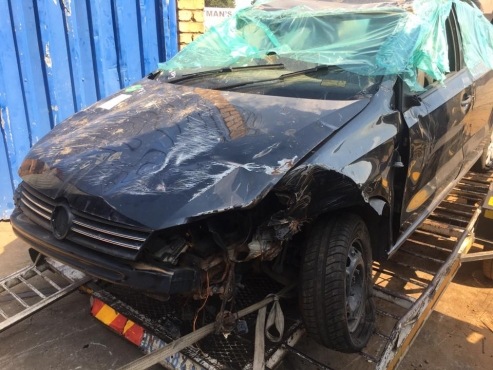 VW POLO 6 CLASSIC STRIPPING FOR SPARES
