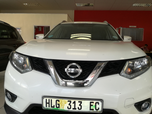 NISSAN X-Trail 1.6 DCI SE 4X4 - 2015 - Almost NEW