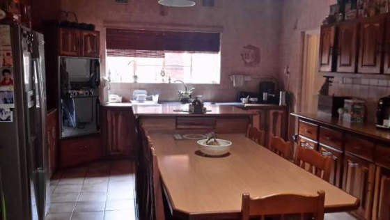 Lovely Family Home In Quiet Area For Sale