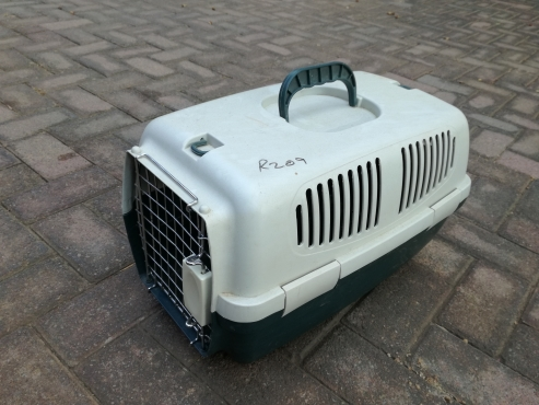 Pet carrier cage for sale