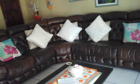 leather lounge suite with stunning coffee table