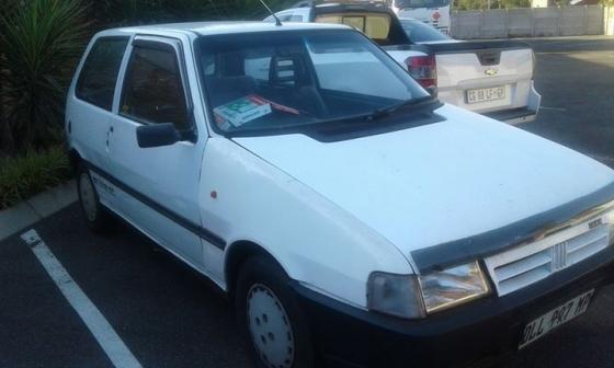 Fiat Uno 1100 2dr