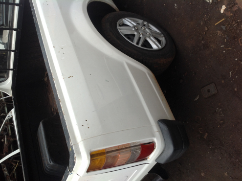 Stripping Ford Bantam XR3 1991 for Spares