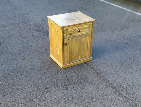Country Style Side Table