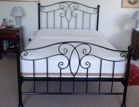 in beds metal frame iron oliver curved rooms traditionl childrens white junior bed
