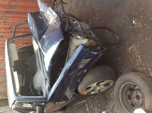 Stripping VW Golf1 2008 for Spares