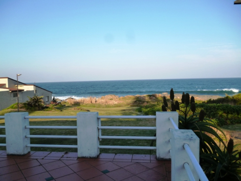 Glenmore Beach House Accammodation from 28 December up for grabs!