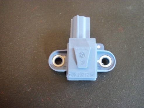 Volkswagen golf 5 or  jetta 5  airbag crash sensor