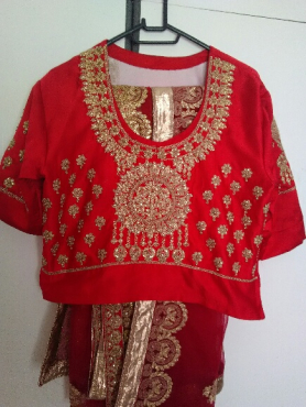 stunning red mermaid style bridal GARARA SIZE 36-38 FOR SALE