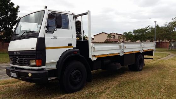 TATA 8 TON Truck
