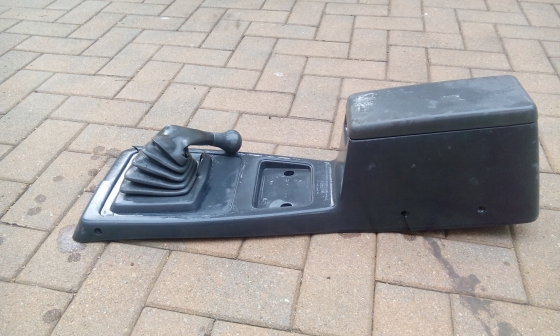 WANTED FORD COURIER 3LT CONSOLE