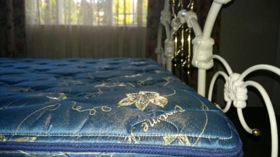 Queen Bed with Head Board & Foot Board