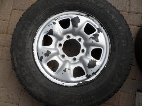 Toyota Hilux D4D Rim and Tyre