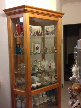 Beautiful Collectibles and Ornamental Display Cabinet, Quality Custom made, Dust Proof !