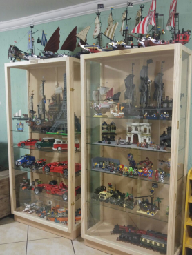 CABINETS, Quality Custom made Collectibles and Model Display Cabinets, Best Prices! -Dust Proof !