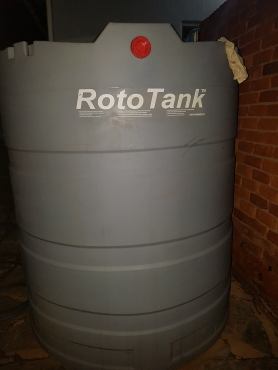 Water Tank to swop for Complete Golf Set